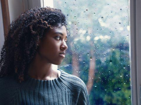cheveux afro belle black humidité